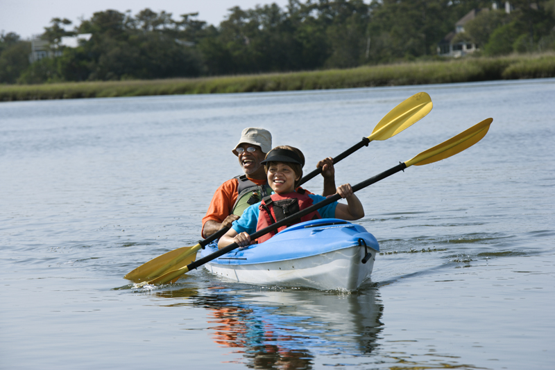 A couple enjoys all of the things to do in Brainerd